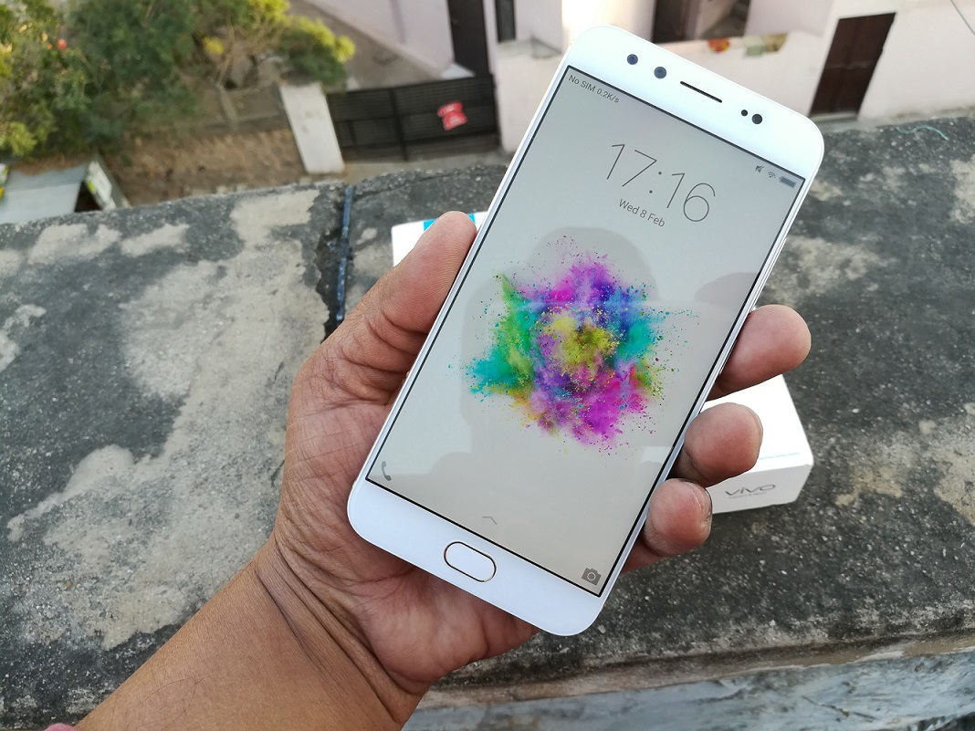Vivo-V5-Plus-Review-front
